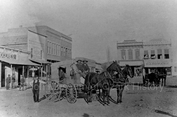 Square 1890